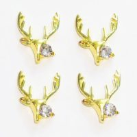 Gold Reindeer Crystal Head